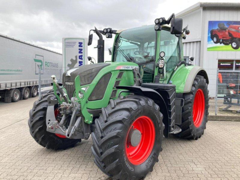 Traktor des Typs Fendt 716 Vario Profi+GPS, Gebrauchtmaschine in Stuhr (Bild 1)