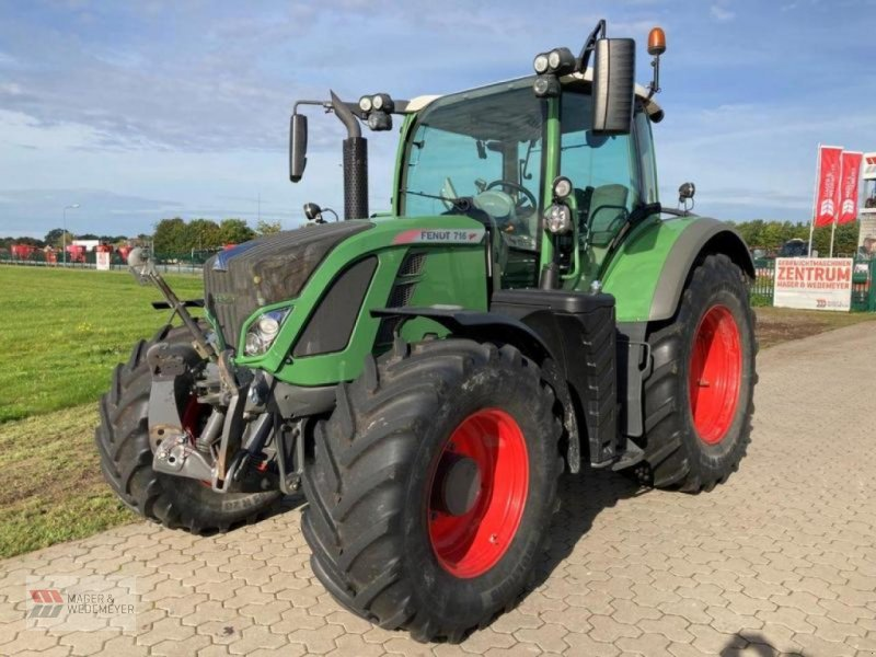Traktor des Typs Fendt 716 VARIO PROFI PLUS, Gebrauchtmaschine in Oyten (Bild 1)