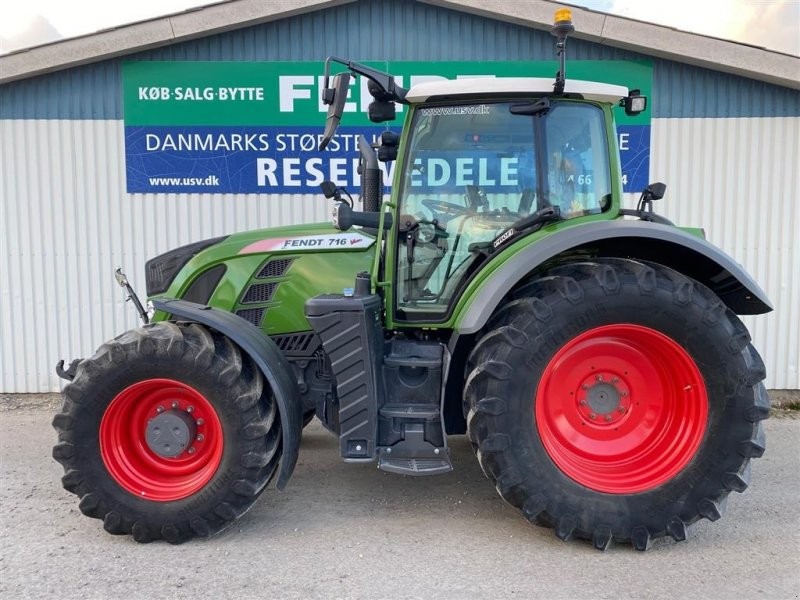 Traktor типа Fendt 716 Vario S4 Profi  som ny, Gebrauchtmaschine в Rødekro (Фотография 1)
