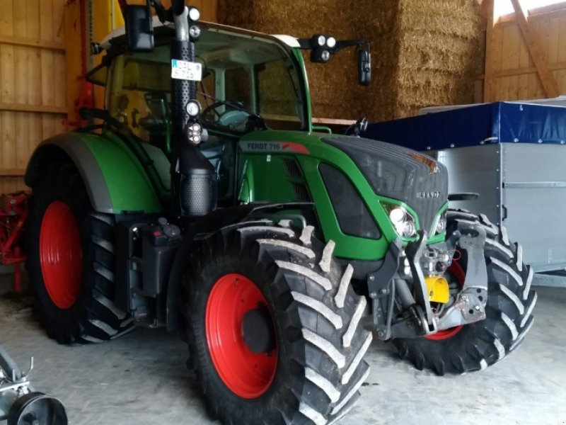 Traktor des Typs Fendt 716 Vario SCR, Gebrauchtmaschine in Ronsberg (Bild 1)