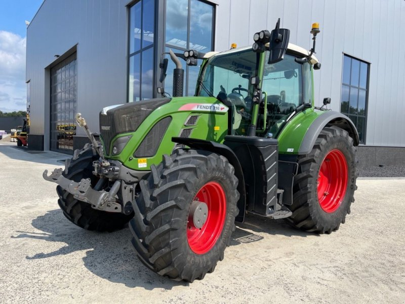 Traktor des Typs Fendt 716 Vario, Gebrauchtmaschine in Holten (Bild 1)