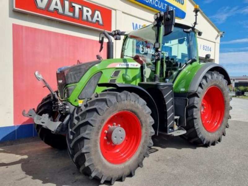 Traktor des Typs Fendt 716 vario, Gebrauchtmaschine in GÖPFRITZ (Bild 1)