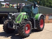 Traktor of the type Fendt 716  Vario, Neumaschine in Grantham