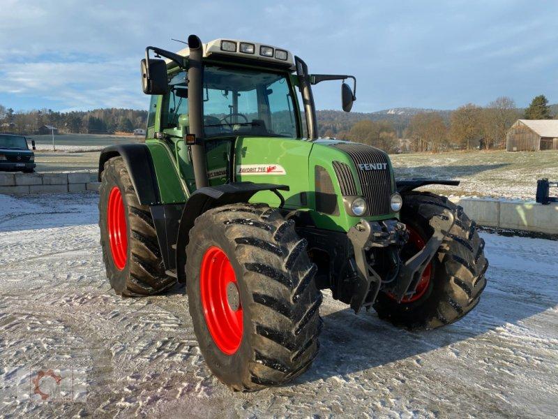Traktor des Typs Fendt 716 Vario, Gebrauchtmaschine in Tiefenbach (Bild 1)