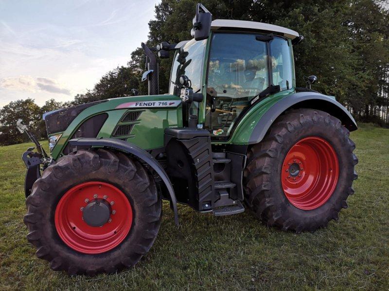 Traktor des Typs Fendt 716 Vo Vario Profi, Gebrauchtmaschine in Korbach (Bild 1)