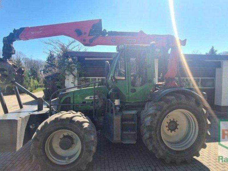 Traktor типа Fendt 718 Com3 / WARIO Forstschlepper, Gebrauchtmaschine в Rommerskirchen (Фотография 1)
