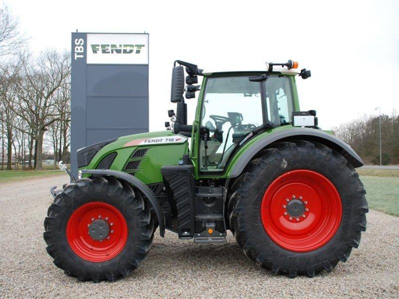 Traktor des Typs Fendt 718 S4 Profi Plus, Gebrauchtmaschine in Grindsted (Bild 1)
