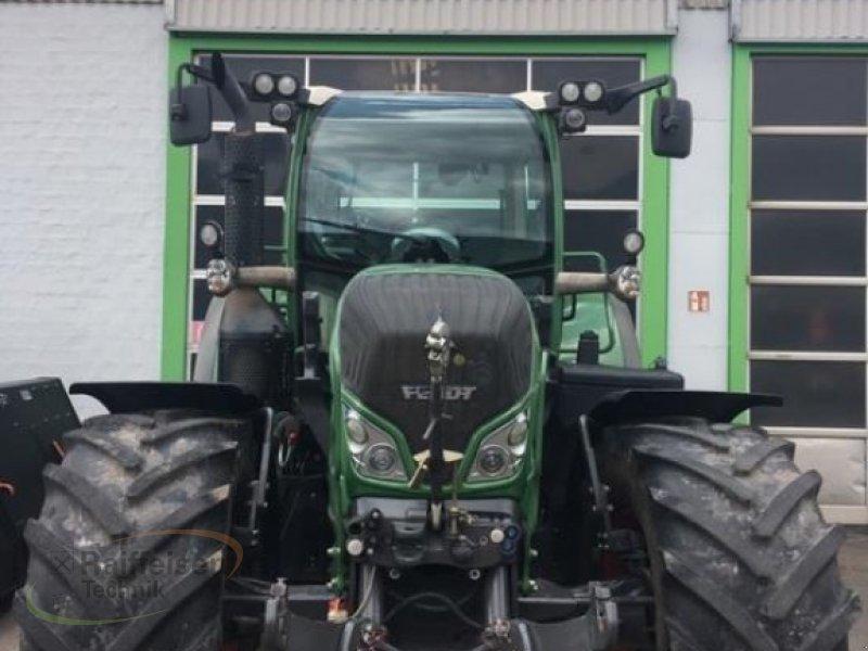 Traktor des Typs Fendt 718 SCR, Gebrauchtmaschine in Korbach (Bild 2)