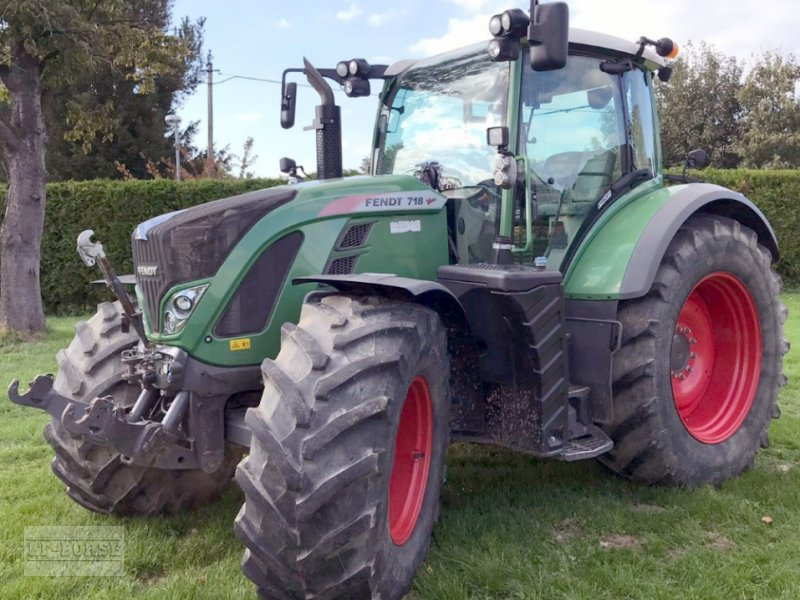 Traktor des Typs Fendt 718 Vario Profi, Gebrauchtmaschine in Bramsche (Bild 1)