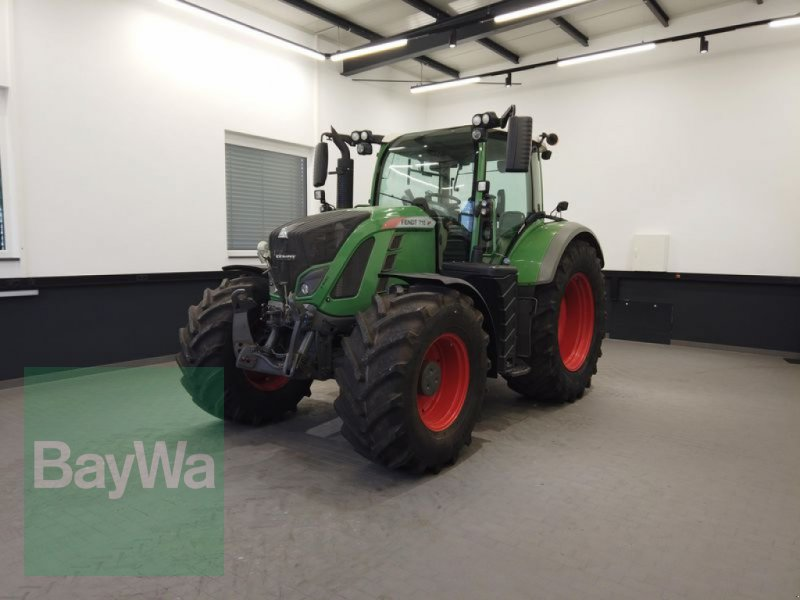 Traktor des Typs Fendt 718 VARIO S4 POWER, Gebrauchtmaschine in Manching (Bild 1)