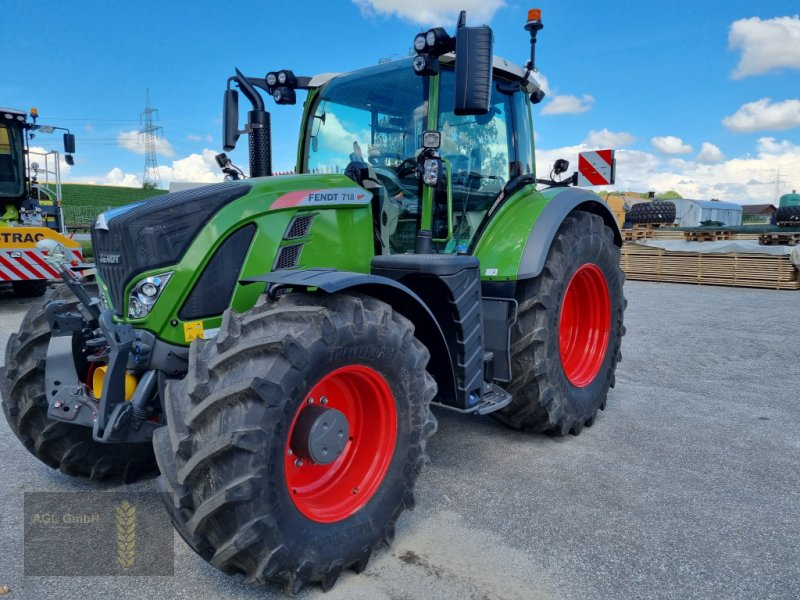 Traktor типа Fendt 718 Vario S4 Profi Plus RTK Novatel, Gebrauchtmaschine в Eichendorf (Фотография 1)