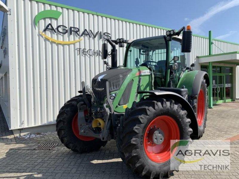 Traktor des Typs Fendt 718 VARIO S4 PROFI PLUS, Gebrauchtmaschine in Königslutter (Bild 1)