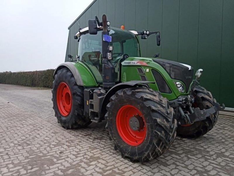 Traktor des Typs Fendt 718 VARIO S4 PROFI PLUS, Gebrauchtmaschine in Borken (Bild 1)