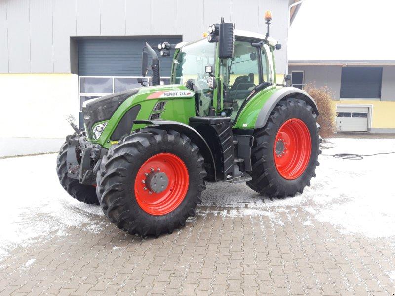 Traktor des Typs Fendt 718 Vario S4 Profi Plus, Gebrauchtmaschine in Tirschenreuth (Bild 1)