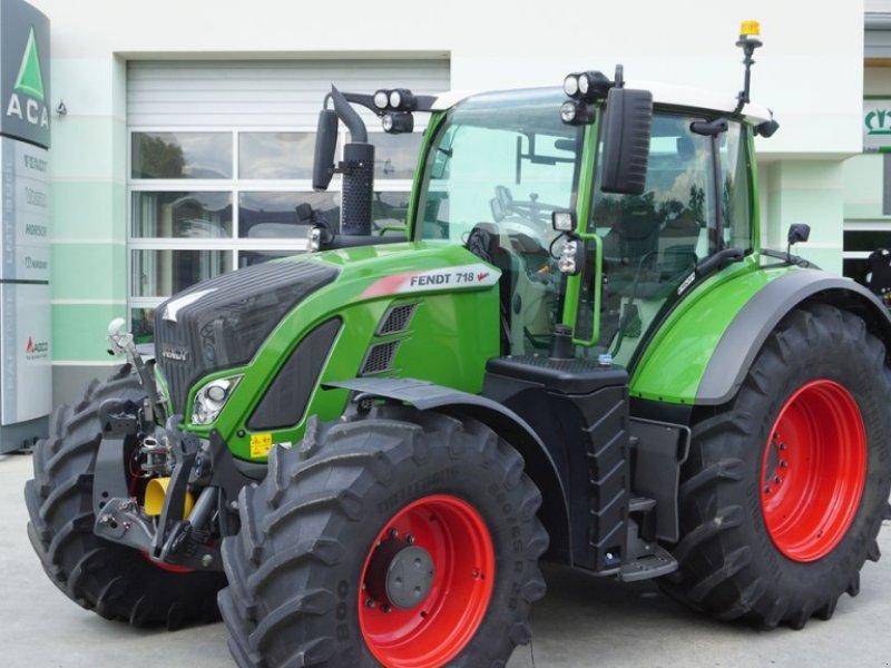 Traktor des Typs Fendt 718 Vario S4 Profi, Gebrauchtmaschine in Hürm (Bild 1)