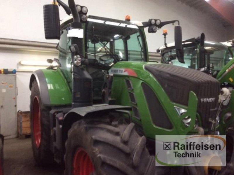 Traktor des Typs Fendt 718 Vario S4 Profi, Gebrauchtmaschine in Kisdorf (Bild 1)
