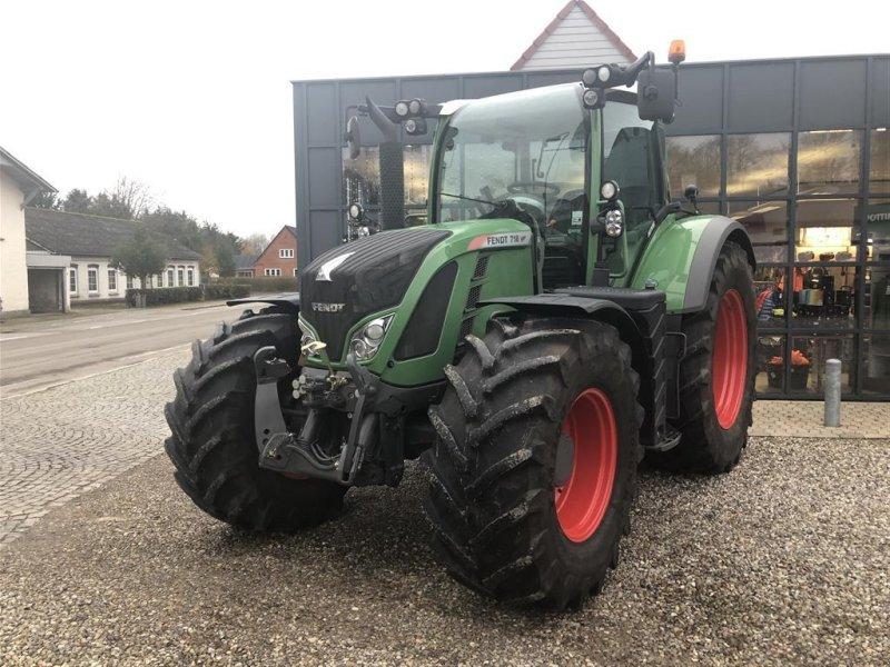 Traktor типа Fendt 718 Vario SCR Profi Meget få timer, Gebrauchtmaschine в Rødekro (Фотография 1)