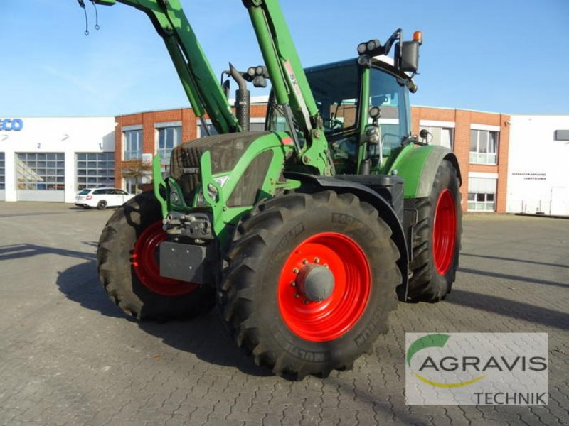 Traktor des Typs Fendt 718 VARIO SCR PROFI, Gebrauchtmaschine in Uelzen (Bild 1)