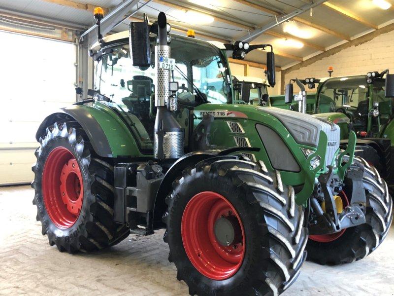 Traktor des Typs Fendt 718 Vario SCR, Gebrauchtmaschine in Niederweimar (Bild 1)