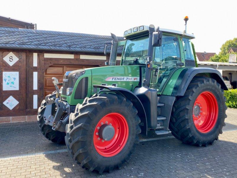 Traktor des Typs Fendt 718 VARIO TMS COM 3, 5.300 h, EZ 2009, 1. Hand ( 716 818 820 ), Gebrauchtmaschine in Weimar/Hessen (Bild 1)