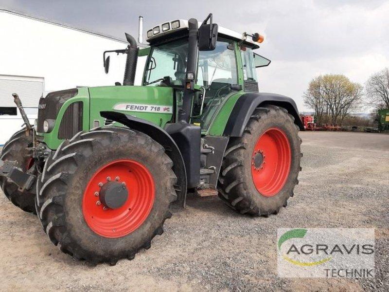 Traktor des Typs Fendt 718 VARIO, Gebrauchtmaschine in Königslutter (Bild 1)