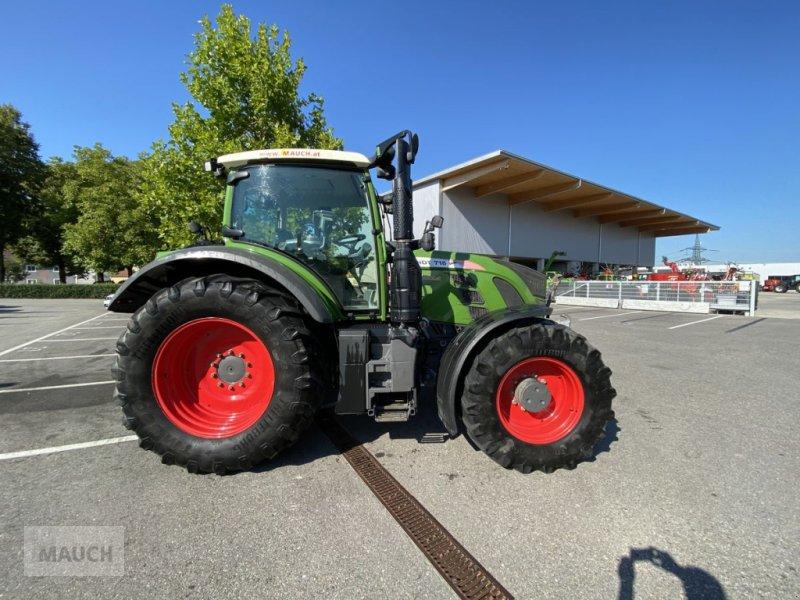 Traktor des Typs Fendt 718 Vo Vario, Gebrauchtmaschine in Burgkirchen (Bild 3)