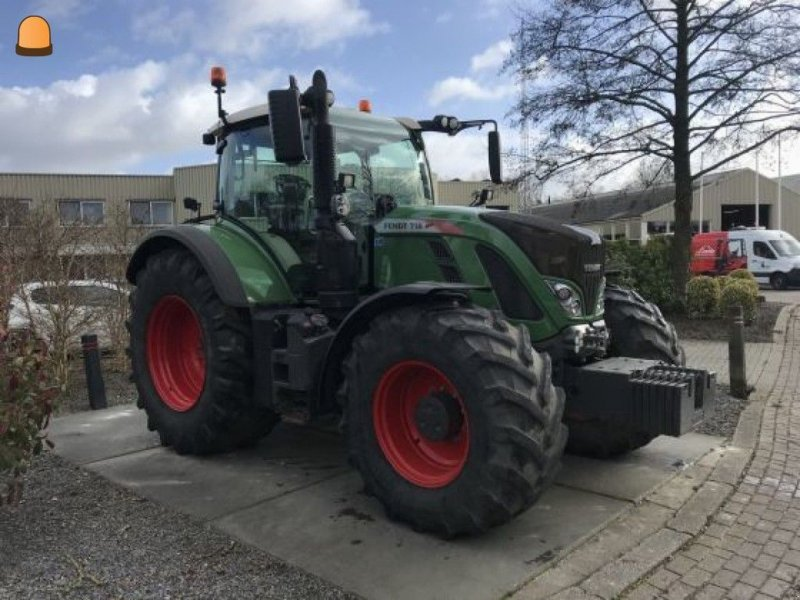 Traktor des Typs Fendt 718, Gebrauchtmaschine in Zoetermeer (Bild 1)