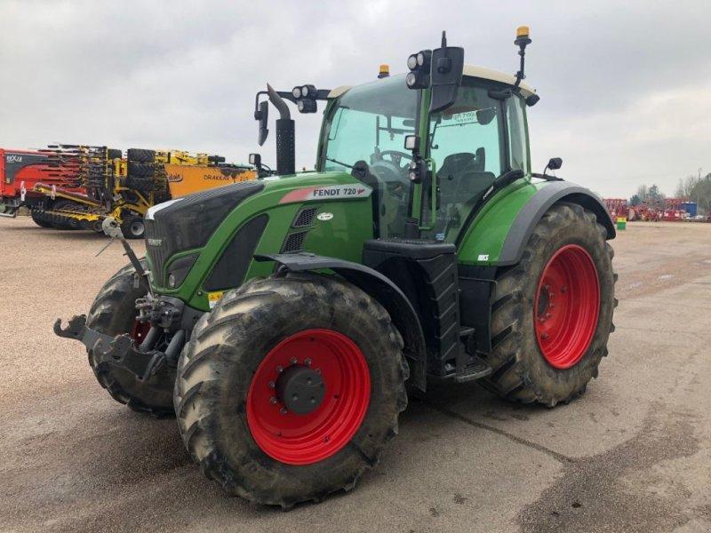 Traktor типа Fendt 720 POWER, Gebrauchtmaschine в LISIEUX (Фотография 1)