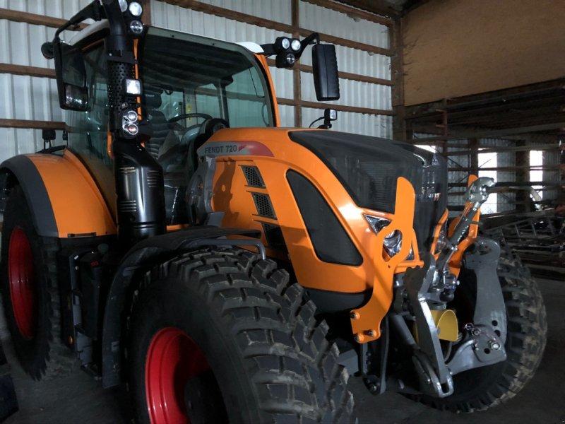 Traktor des Typs Fendt 720 profi Plus, Gebrauchtmaschine in Donaueschingen (Bild 1)