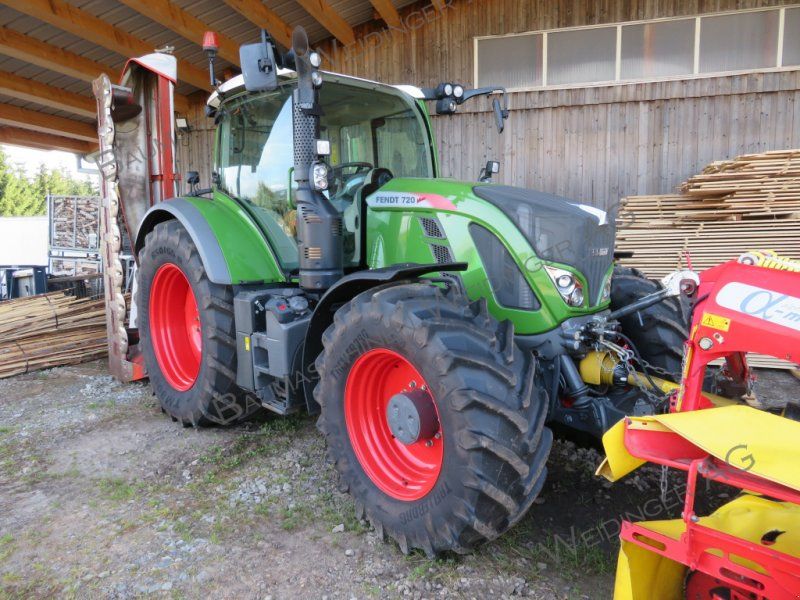 Traktor типа Fendt 720 Vario Profi Plus, Gebrauchtmaschine в Haidmühle (Фотография 1)