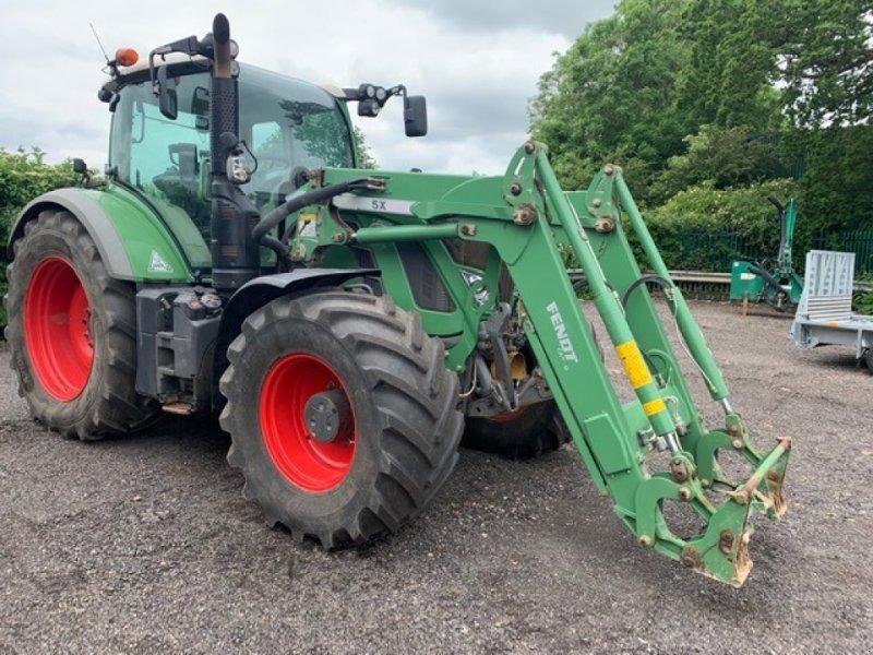 Traktor des Typs Fendt 720 Vario Profi, Gebrauchtmaschine in Cirencester (Bild 1)