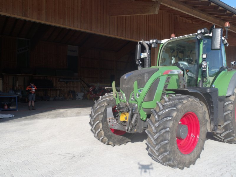 Traktor des Typs Fendt 720 Vario Profi, Gebrauchtmaschine in Otterfing (Bild 1)