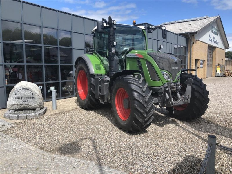 Фотография Fendt 720 Vario S4 Profi Plus