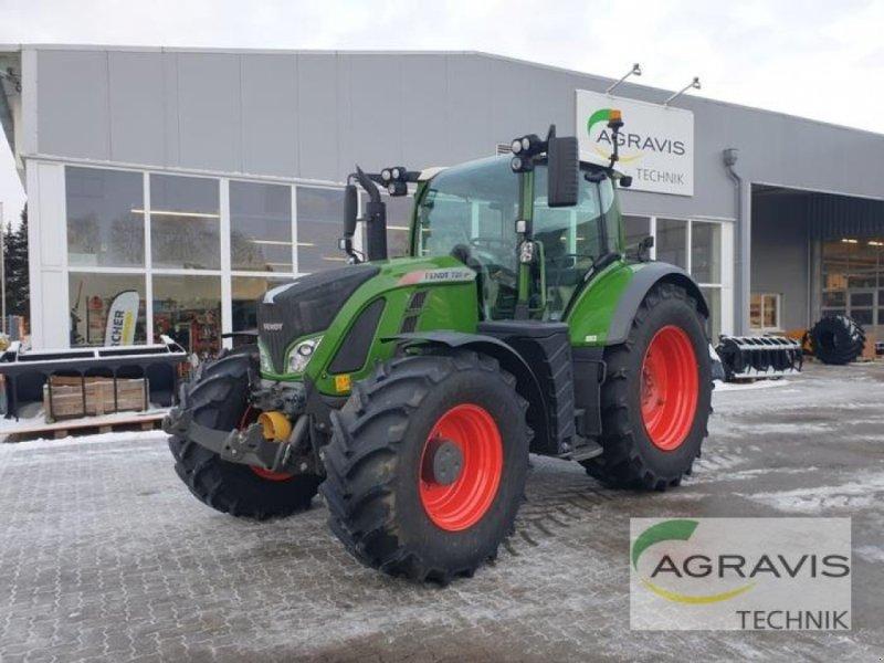 Traktor des Typs Fendt 720 VARIO S4 PROFI, Gebrauchtmaschine in Schneverdingen (Bild 1)