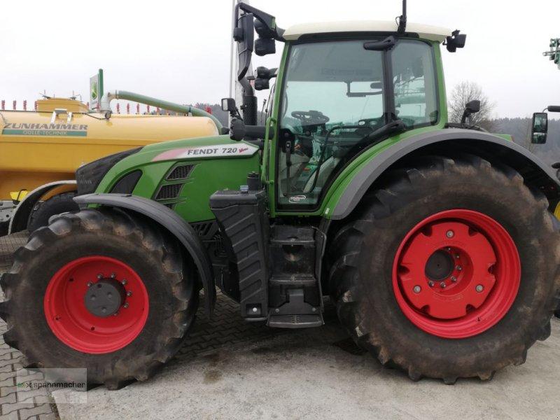Traktor типа Fendt 720 Vario, Gebrauchtmaschine в Auerbach (Фотография 1)