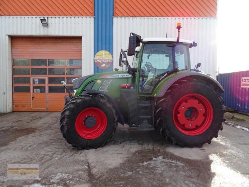Traktor des Typs Fendt 724 Profi Plus S4, Gebrauchtmaschine in Böklund (Bild 1)