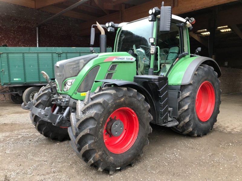 Traktor des Typs Fendt 724 S 4 Profi Plus, Gebrauchtmaschine in Titz (Bild 1)