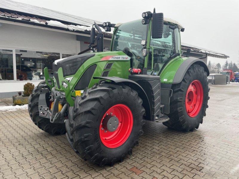 Traktor des Typs Fendt 724 S4 Porfi Plus RTK Unfall, Gebrauchtmaschine in Neureichenau (Bild 1)