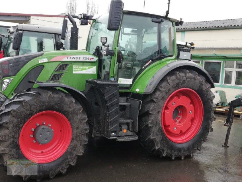 Traktor des Typs Fendt 724 S4 Profi Plus, Gebrauchtmaschine in Bad Mergentheim (Bild 1)