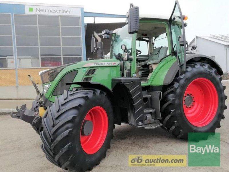 Traktor des Typs Fendt 724 SCR Profi Plus, Gebrauchtmaschine in Obertraubling (Bild 1)