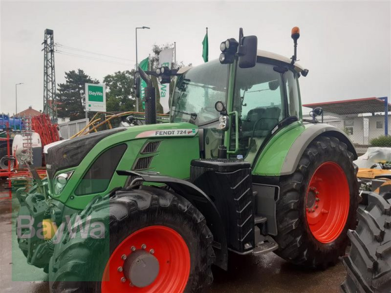 Traktor типа Fendt 724 SCR Profi, Gebrauchtmaschine в Ehingen (Фотография 1)