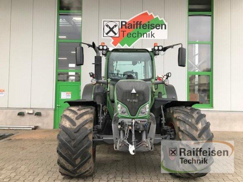 Traktor des Typs Fendt 724 Vario 163 KW, Gebrauchtmaschine in Marburg - Cappel (Bild 3)