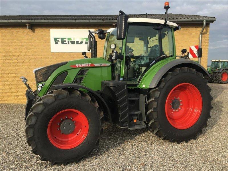Traktor типа Fendt 724 Vario Gen6 Profi+ Setting2 FendtONE, Gebrauchtmaschine в Ringe (Фотография 1)
