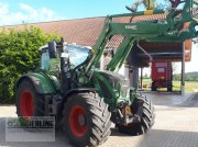 Fendt 724 Vario mit Frontlader Traktor