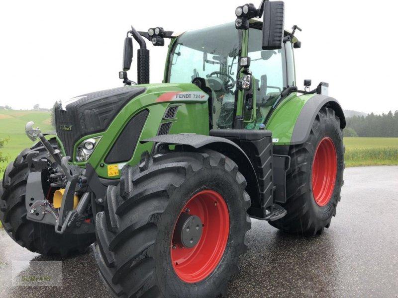Traktor des Typs Fendt 724 Vario Profi+, Neumaschine in Bad Leonfelden (Bild 1)
