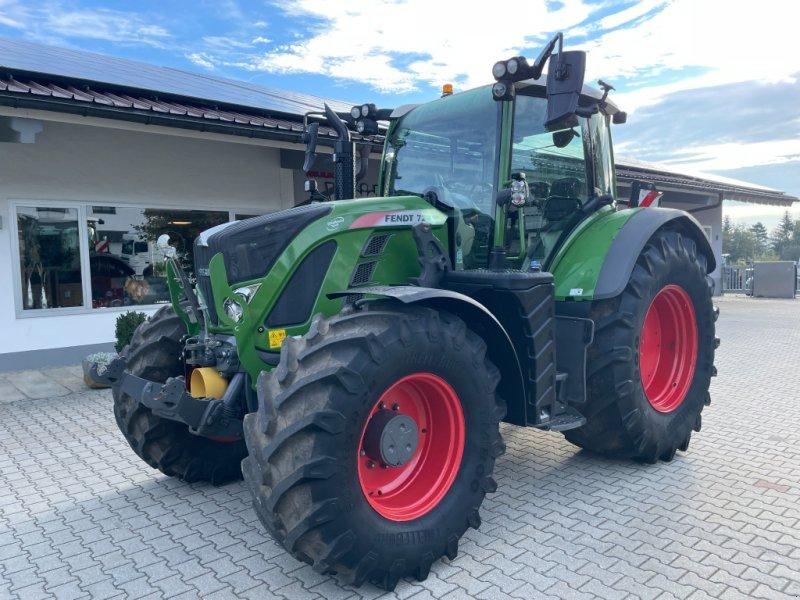 Traktor типа Fendt 724 Vario Profi Plus RTK  Unfall, Gebrauchtmaschine в Neureichenau (Фотография 1)