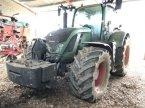 Traktor du type Fendt 724 VARIO PROFI PLUS en MONFERRAN