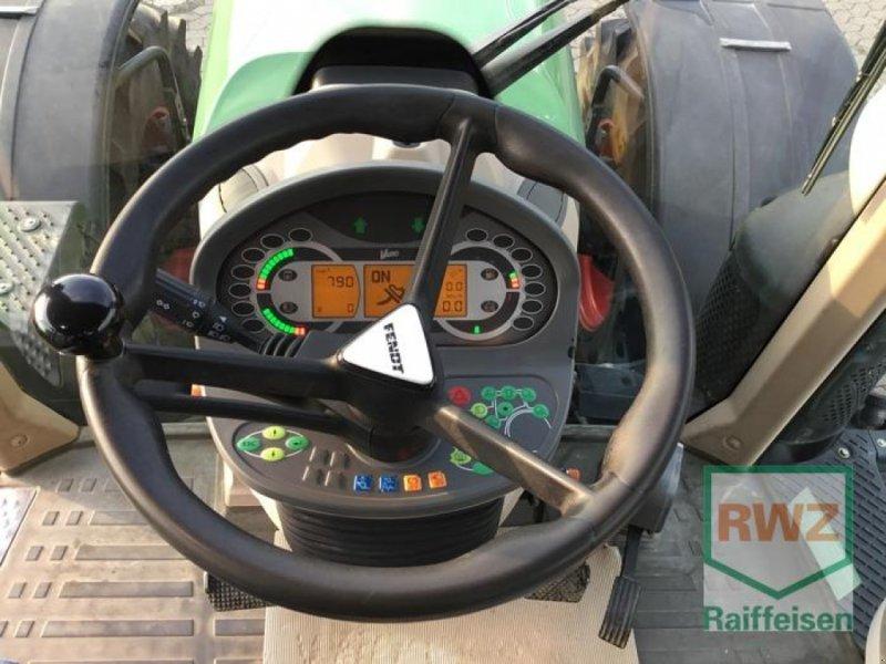 Traktor des Typs Fendt 724 Vario Profi Plus, Gebrauchtmaschine in Kruft (Bild 4)