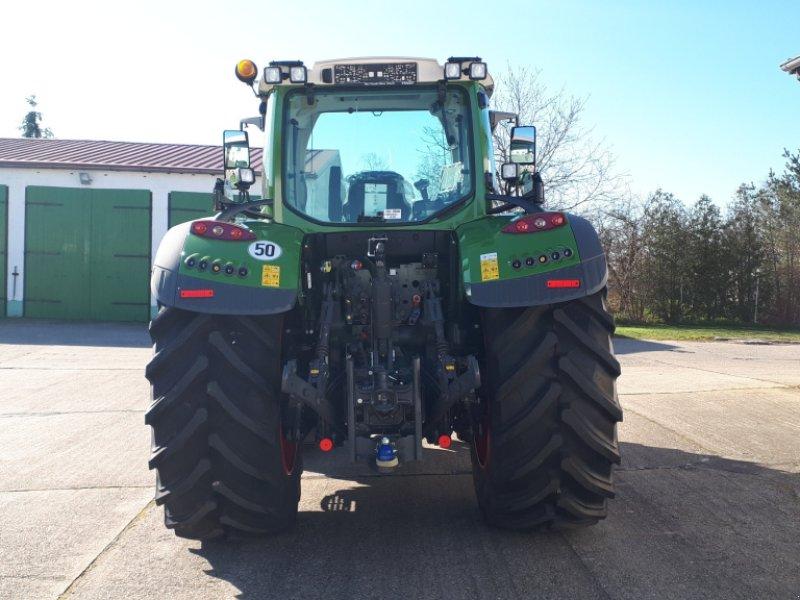 Traktor des Typs Fendt 724 Vario Profi, Neumaschine in Delitzsch (Bild 3)