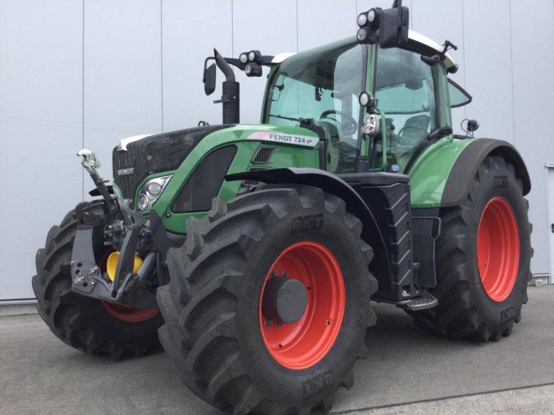 Traktor des Typs Fendt 724 Vario Profi, Gebrauchtmaschine in Mühlhausen-Ehingen (Bild 1)